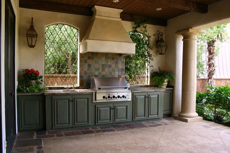 custom made outdoor kitchen
